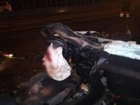 Ночью на МКАД Mazda влетела в автомобиль дорожников