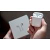 AIRPODS рекламное объявление на  скидка 50%  +кабель для iPhone в подарок
